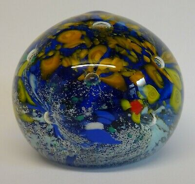 Vintage Glass Paperweight. • 9.99£