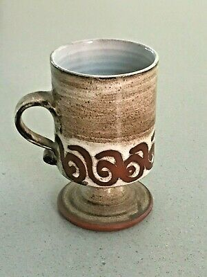 BRIGLIN Studio Pottery London Hand Thrown Pedestal Footed Mug Cup Signed • 12£