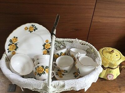 Royal Vale Yellow Roses Tea Set Vgvc • 40£