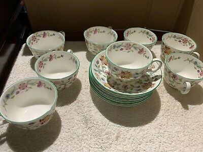6 Minton Haddon Hall Saucers & 8 Cups With The Green Rim • 26£