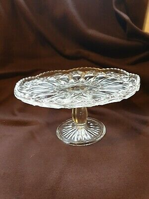 Vintage Footed Glass Cake Stand  • 6£