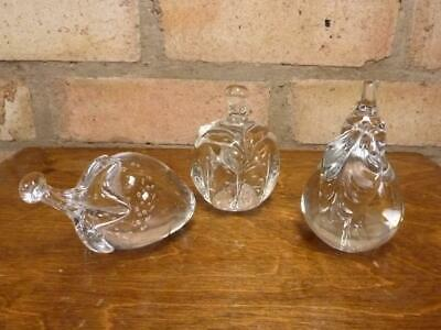 3 Clear Glass Fruit Paperweights Apple Strawberry Etc. • 21.99£