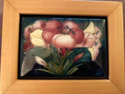 Moorcroft Pottery Plaque - Used With Flowers • 34£