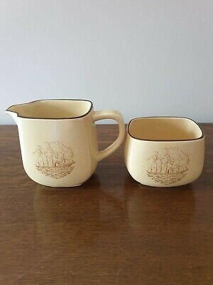 Honiton Pottery Milk Jug And Sugar Bowl - Steam/sail Ship • 4£