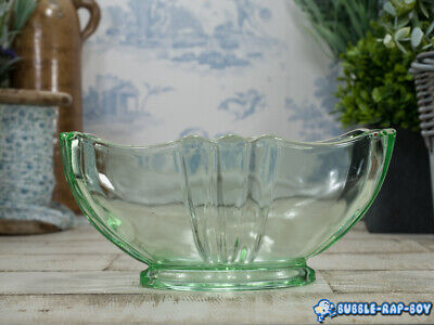 Vintage Bagley Green Pressed Glass Made In Great Britain Mantle Vase Planter  • 12.99£