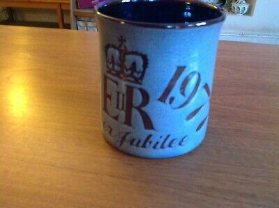 Chelsea Pottery English Jubilee Mug 1977 • 10£