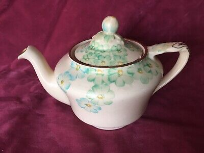 Beautiful Quite Dainty Small Grays Pottery Floral Flowers SUNBUFF Teapot  • 19.99£