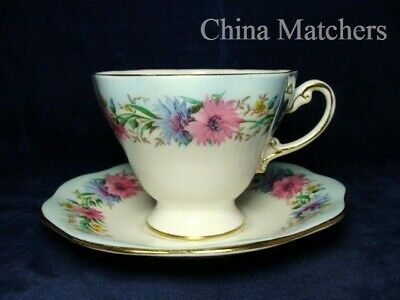 Foley Cornflower Tea Cup & Saucer In Very Good Condition • 11.50£