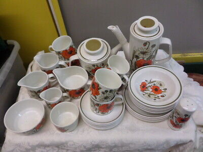 J & G MEAKIN POPPY CHINA - Assorted DINNERWARE - Pots, Jugs, Plates, Cups & Sauc • 7£