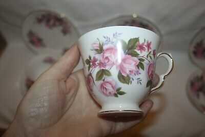 Lovely Vintage Queen Anne  Cascade Roses  21 Piece China Tea Set 21 • 40£