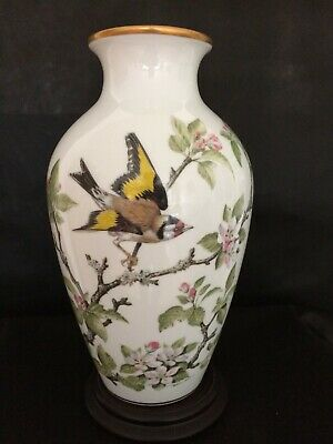 The Meadowland Bird Vase By Basil Ede • 40£