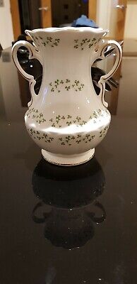 Royal Tara Shamrock Handled 7  Vase - Galway Ireland • 27.50£