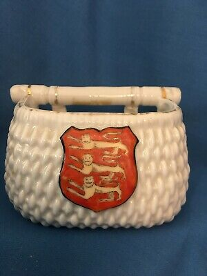 Large Crested China Fish Basket Royal Arms Of England • 6£