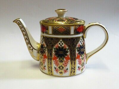 ROYAL CROWN DERBY OLD IMARI  3   Small Teapot • 37£