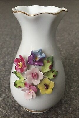 Minature Pottery Flower Vase 4  With Flower Relief Pattern • 0.99£