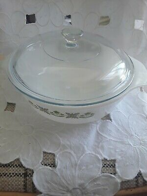 Vintage White Opalware Pyrex Lidded Bowl And Large Vegetable Dish  • 4.80£