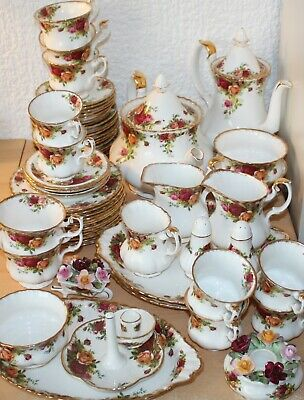 Royal Albert Old Country Roses-Ring/Candle Holders, Cups, Saucers, Cake Plates • 8.99£