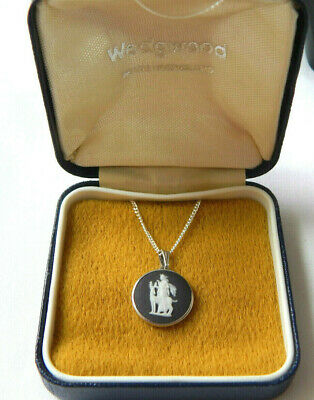 Wedgwood Pendant Necklace Sterling Silver Black Cameo Diana Stag Vintage Boxed  • 55£