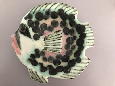 IOW Chessell Pottery Fish Dish  • 4.99£