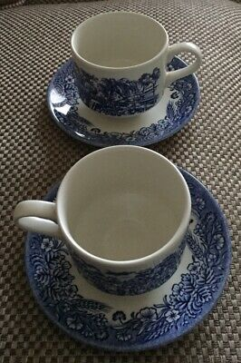2off - Cup & Saucers - Very Good Condition • 1£