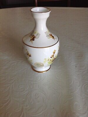 ROYAL TARA BUD VASE. Pattern Of Autumn Flowers. Gold Rimmed • 15£
