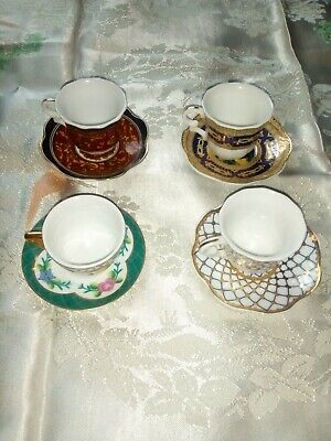 Four Pretty Miniature Cups And Saucers • 8£