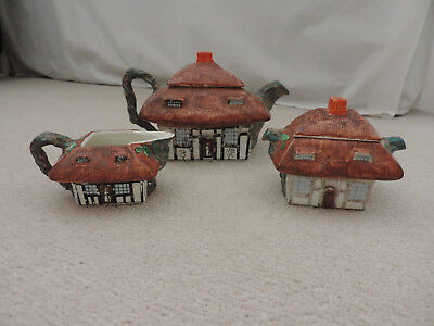 John Maddock & Sons, England Royal Vitreous 'Thatched Cottage Ware' No.74052 Tea • 35£