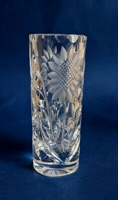 Stunning Cut Glass Sunflower Vase With Frosted Leaves • 9.99£