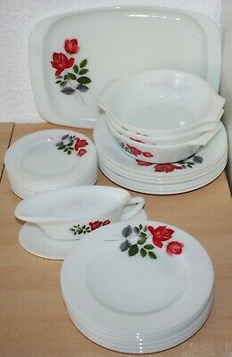 Vintage JAJ Pyrex June Red Rose Assorted Dishes And Plates • 20£