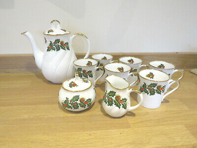 Queens Bone China  Christmas Coffee Set • 30£