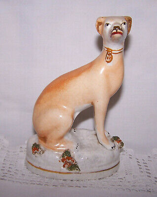 Small Staffordshire Pottery Dog • 6.50£