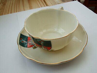 W.H.Goss Crested China Cup & Saucer (Windsor) • 3£