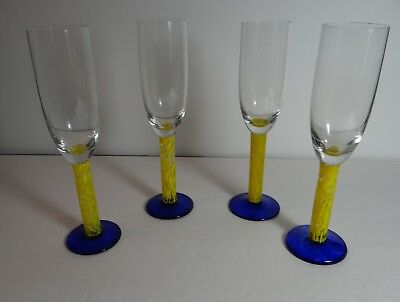 Set Of 4 Champagne Flutes Art Glass Cobalt Base Yellow & Clear Stem Unusual • 14.94£