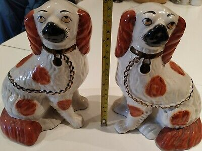 Vintage Pair Of Staffordshire Spaniel Dog Mantel Figures • 12.02£
