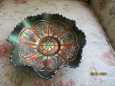 Vintage Carnival Glass Ruffled Bowl Peacock And Grape DESIGN • 10£