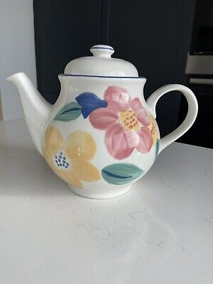Johnson Brothers Marie Tea Pot • 10£