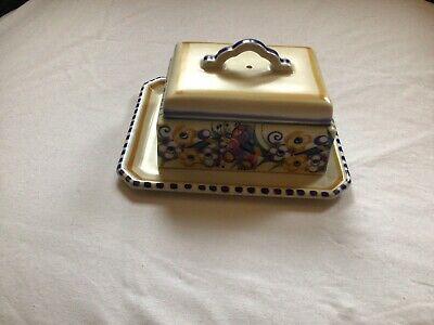 Vintage Poole Pottery Butter/cheese Dish With A Pretty Floral Design. Vgc. • 10£