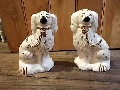 """Pair Of Vintage 9"""" Royal Doulton Staffordshire Type Dogs  • 29£"""