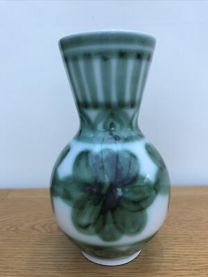 Cinque Ports Pottery The Monastery, Rye Hand Painted Vase With Green Flowers • 3£