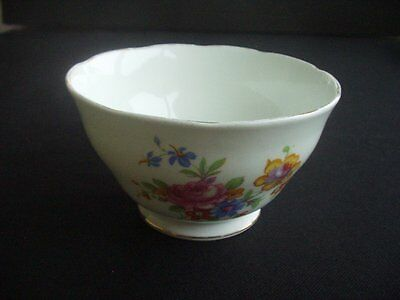 Attractive Floral Patterned Sugar Bowl • 7.99£