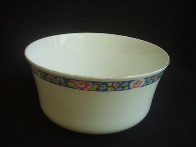 5.5  Diameter Vintage Bowl / Sugar Bowl -white With Floral Decoration To Rim • 7.99£