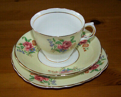 Colclough Yellow Peony Trio: Vintage 1960s Bone China Cup, Saucer & Plate • 14£