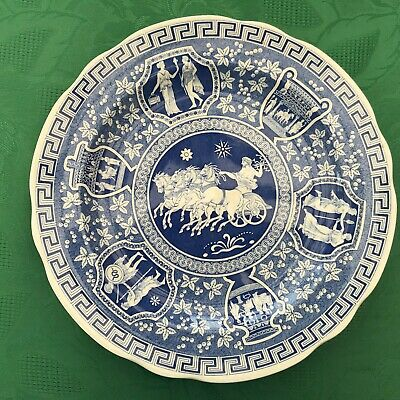A Spode Plate From The Blue Room Collection  Called 'Greek' • 20£