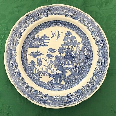 A Spode Plate From The Blue Room Collection  Called 'Willow' • 20£