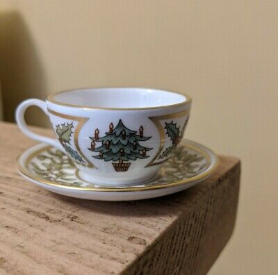 Spode Bone China Christmas Miniature Cup And Saucer 1983/1984 VGC • 2.99£