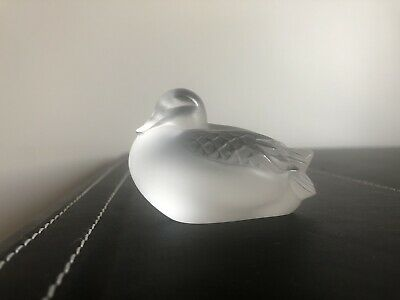 LALIQUE Glass Sleepy Duck In Clear.  • 100£