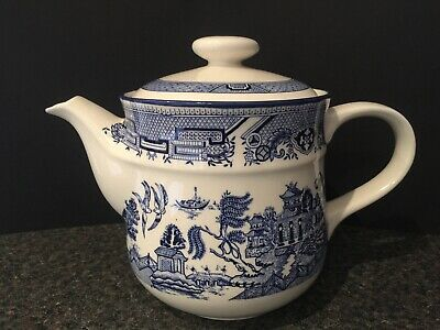 Stunning Vintage Arklow Pottery Ireland  Willow  Patterned Teapot  • 3.99£