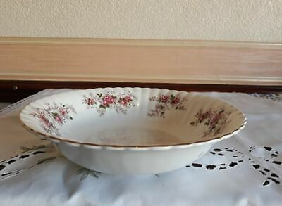 Royal Albert 'Lavender Rose' Round Serving/Trifle Dish - In Lovely Condition • 10£