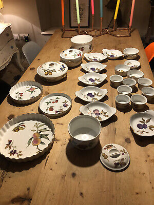 28 Pieces Of Royal Worcester Oven To Tableware - Evesham • 20£