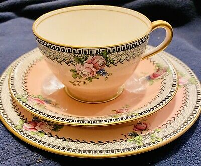 Aynsley Antique English China Trio Roses On Pink Ground • 25£